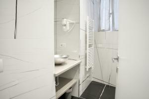 holiday-apartment-with-walk-in-shower-bellagio