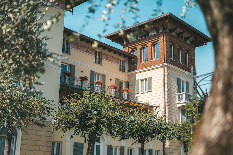 historical villa divided in modern holidays apartment