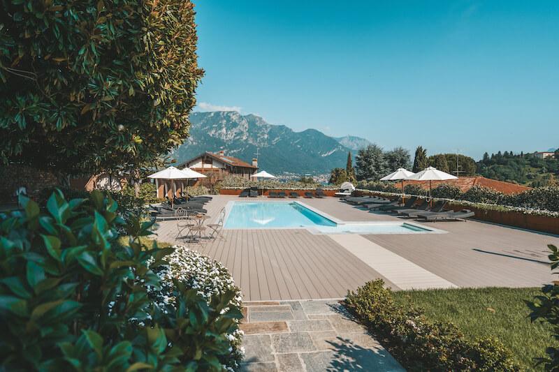 outdoor swimming pool and solarium