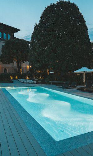 holiday-lettings-lake-como-with-swiming-pool